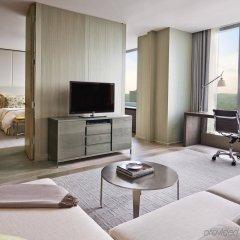 Отель Four Seasons Hotel Toronto Канада, Торонто - отзывы, цены и фото номеров - забронировать отель Four Seasons Hotel Toronto онлайн комната для гостей