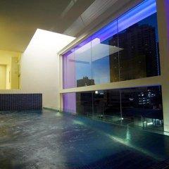 Отель Le Fenix Sukhumvit бассейн фото 2