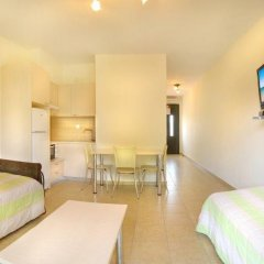 Апартаменты Avra Apartments Ситония комната для гостей фото 5