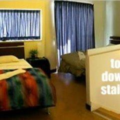 Отель Bunk Backpackers спа фото 2