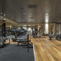 Отель At Six фитнесс-зал фото 2