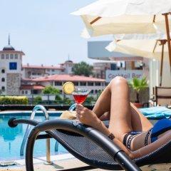 Отель Milennia Family Hotel Болгария, Солнечный берег - отзывы, цены и фото номеров - забронировать отель Milennia Family Hotel онлайн бассейн фото 3