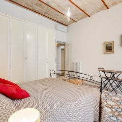 Апартаменты Monti Colosseum Apartment-Urbana комната для гостей фото 2