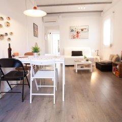 Апартаменты Apartments Gaudi Barcelona интерьер отеля