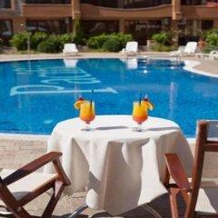 Отель Apartament Boyana Palace бассейн