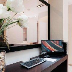 Отель Catalonia Grand Place Бельгия, Брюссель - 2 отзыва об отеле, цены и фото номеров - забронировать отель Catalonia Grand Place онлайн интерьер отеля фото 2