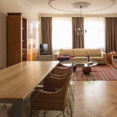 Отель Villa Pica Paca - Old Town Польша, Гданьск - 1 отзыв об отеле, цены и фото номеров - забронировать отель Villa Pica Paca - Old Town онлайн интерьер отеля фото 2