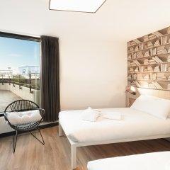 Отель Generator Paris комната для гостей