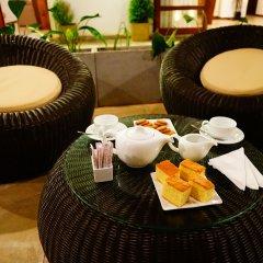 Отель Lespri Grand питание