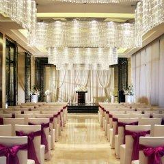 Отель Crowne Plaza Chengdu West спортивное сооружение