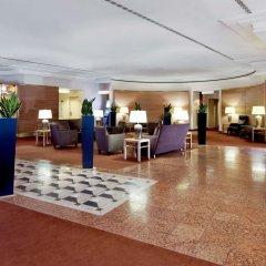 Отель Sheraton Düsseldorf Airport Hotel Германия, Дюссельдорф - 1 отзыв об отеле, цены и фото номеров - забронировать отель Sheraton Düsseldorf Airport Hotel онлайн интерьер отеля фото 3