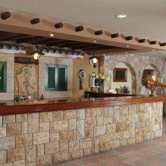 Отель Panas Holiday Village Кипр, Айя-Напа - 13 отзывов об отеле, цены и фото номеров - забронировать отель Panas Holiday Village онлайн интерьер отеля фото 2