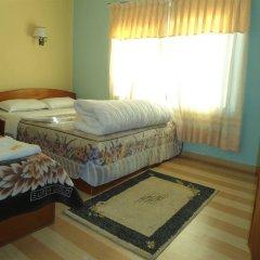 Отель Fewa Holiday Inn Непал, Покхара - отзывы, цены и фото номеров - забронировать отель Fewa Holiday Inn онлайн комната для гостей фото 2