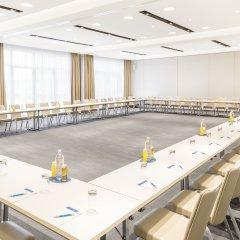 Отель NH Danube City Австрия, Вена - отзывы, цены и фото номеров - забронировать отель NH Danube City онлайн помещение для мероприятий