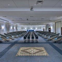 Отель Holiday Inn Rome- Eur Parco Dei Medici фитнесс-зал