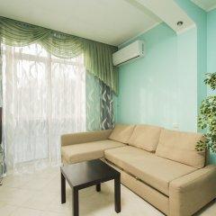 Апартаменты Apartments on Studenaya 68A - apt 9 комната для гостей фото 4