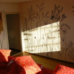 Гостиница Yagoda Hostel в Иркутске 1 отзыв об отеле, цены и фото номеров - забронировать гостиницу Yagoda Hostel онлайн Иркутск комната для гостей фото 5