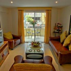 Апартаменты Mosaik Apartment Паттайя комната для гостей фото 2