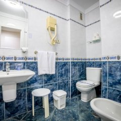 Hotel Villa de Laredo ванная