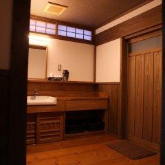 Отель Kurokawa Onsen Ryokan Wakaba Минамиогуни удобства в номере