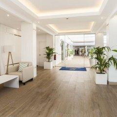 Отель Globales Apartamentos Lord Nelson Эс-Мигхорн-Гран интерьер отеля