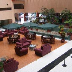 Отель Casa Grande Aeropuerto Hotel & Centro de Negocios Мексика, Гвадалахара - отзывы, цены и фото номеров - забронировать отель Casa Grande Aeropuerto Hotel & Centro de Negocios онлайн интерьер отеля фото 2