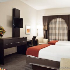 Holiday Inn Express Hotel & Suites Pittsburgh-South Side удобства в номере