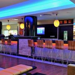 Отель Park Inn by Radisson, Lagos Victoria Island Нигерия, Лагос - отзывы, цены и фото номеров - забронировать отель Park Inn by Radisson, Lagos Victoria Island онлайн гостиничный бар