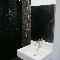 Отель The Crystal Condo Сирача ванная фото 2