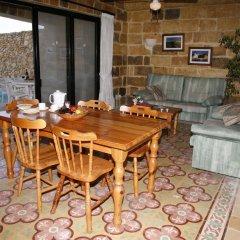 Отель Bellavista Farmhouses Gozo в номере фото 2