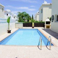 Отель Villa Soraya 2 Кипр, Протарас - отзывы, цены и фото номеров - забронировать отель Villa Soraya 2 онлайн бассейн фото 3