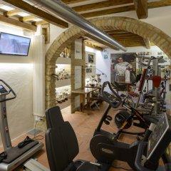 Отель Sovestro Италия, Сан-Джиминьяно - отзывы, цены и фото номеров - забронировать отель Sovestro онлайн фитнесс-зал фото 4