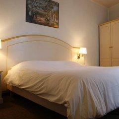 Отель Acte V сейф в номере