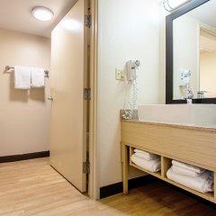 Отель Red Roof Inn PLUS+ Miami Airport ванная фото 2