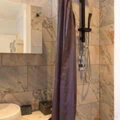 Отель Spacious apartement 2 bedrooms Париж ванная