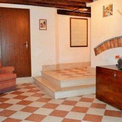 Отель Rialto House Италия, Венеция - отзывы, цены и фото номеров - забронировать отель Rialto House онлайн интерьер отеля фото 2