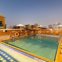 Smana Hotel Al Raffa Дубай бассейн