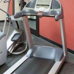 Отель Hampton Inn & Suites Tulare фитнесс-зал фото 3
