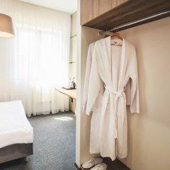 Honey bridge Hotel Калининград комната для гостей фото 4