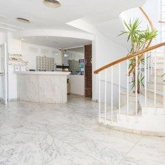 Отель Hostal Residencia Molins Park интерьер отеля фото 2