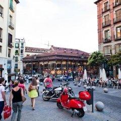 Отель Hostal La Casa de La Plaza Испания, Мадрид - отзывы, цены и фото номеров - забронировать отель Hostal La Casa de La Plaza онлайн спортивное сооружение