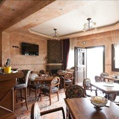 Отель Oreiades Guesthouse Ситония гостиничный бар