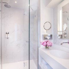 Отель Hôtel Beauchamps Франция, Париж - отзывы, цены и фото номеров - забронировать отель Hôtel Beauchamps онлайн ванная фото 2