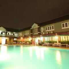 Отель Waratee Spa Resort Villa бассейн фото 2
