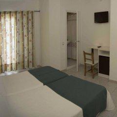 Отель Hostal Valencia комната для гостей фото 3