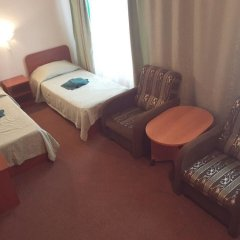 Гостиница Байкал комната для гостей