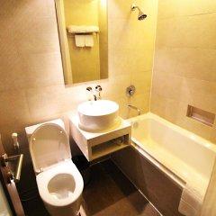 Отель Residence Rajtaevee Бангкок ванная фото 2