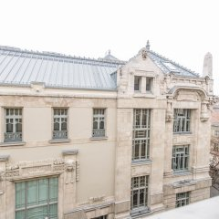 Апартаменты Oasis Apartments - Liszt Ferenc square Будапешт балкон