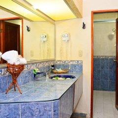 Отель Arena Suites ванная