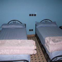 Отель Riad Dar Al Aafia Марокко, Уарзазат - отзывы, цены и фото номеров - забронировать отель Riad Dar Al Aafia онлайн парковка